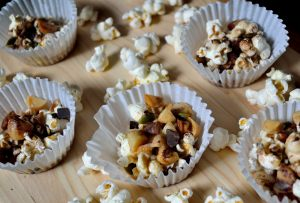 Recipes: Popcorn Clusters