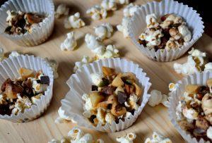 Recipes: Popcorn Clusters