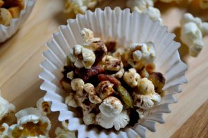 Recipe: Popcorn Clusters