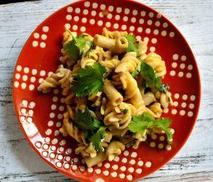 Cilantro-Garlic Pasta with Egg Sauce