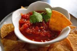 DIY Wednesday: Simple Salsa | Life Healthfully Lived