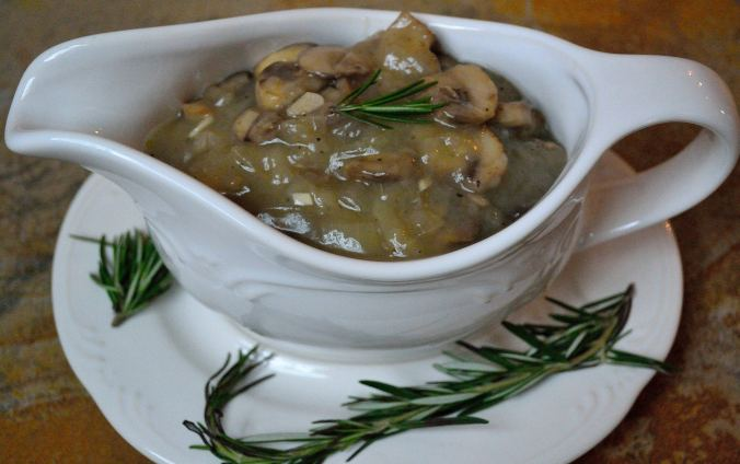DIY Wednesday: Mushroom Gravy | Life Healthfully Lived