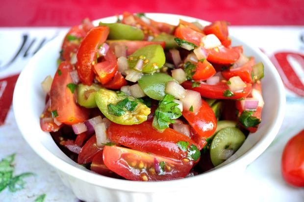 Olive & Tomato Salad | Life Healthfully Lived