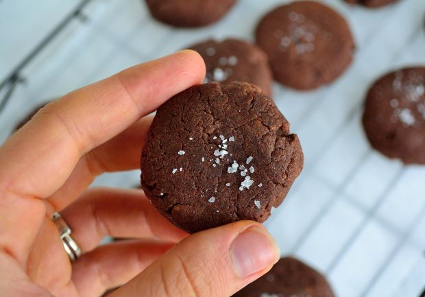 3-Ingredient Cookies | Life Healthfully Lived