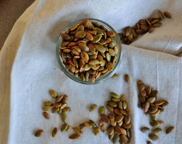 Chai & Ghee Roasted Pumpkin Seeds | Life Healthfully Lived